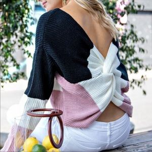 ❗️1 LEFT❗️Twisted Back Pink,white,black sweater